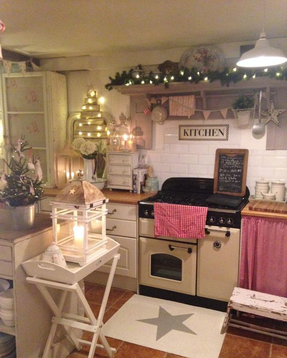 20 Charming Cottage Style Kitchen Decors: Pin By Rebecca Gervais On Cozy Home Decor/ Inspirations