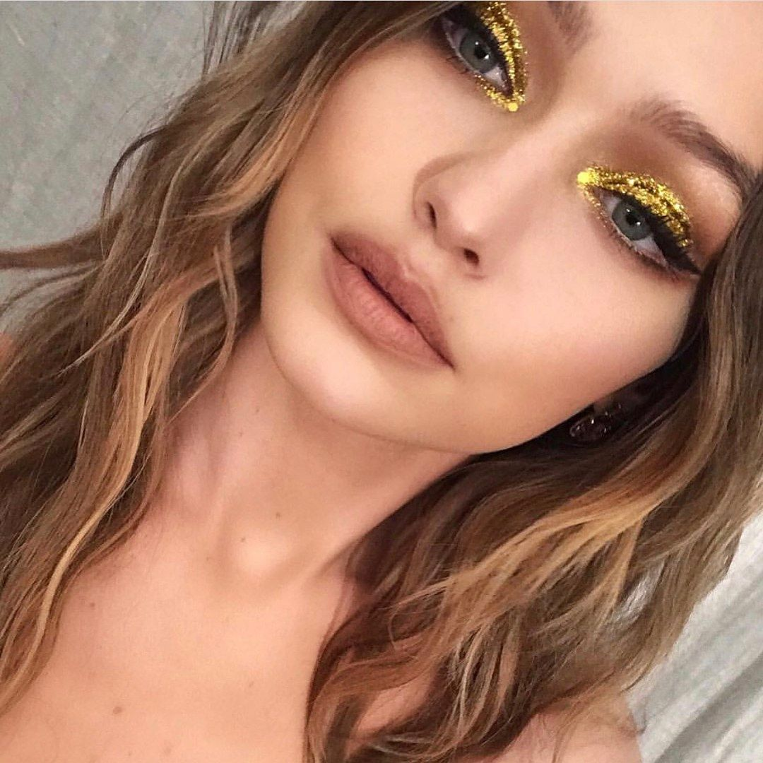 This Dreamy Fall Trend Is Like Unicorn Makeup's Cooler Older Sister #goldmakeup