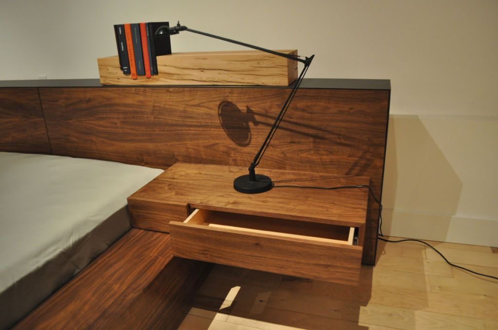 De stijl bed by jorge l cruzata for siglo for Moderno furniture