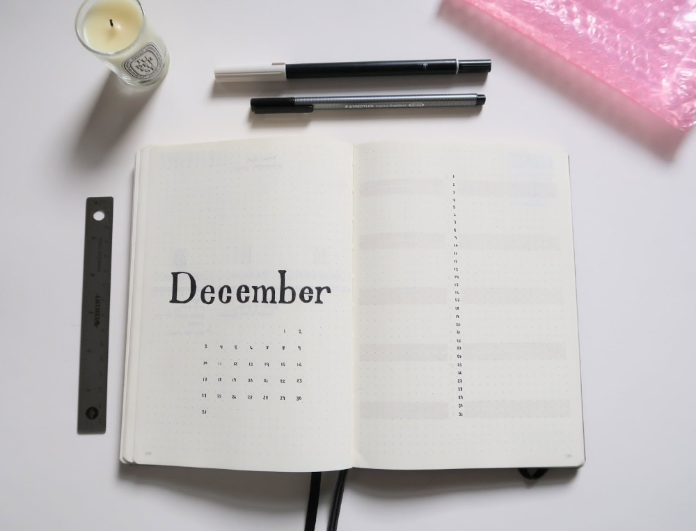 December Bullet Journal Spreads | Rebecca Collected #septemberbulletjournalcover