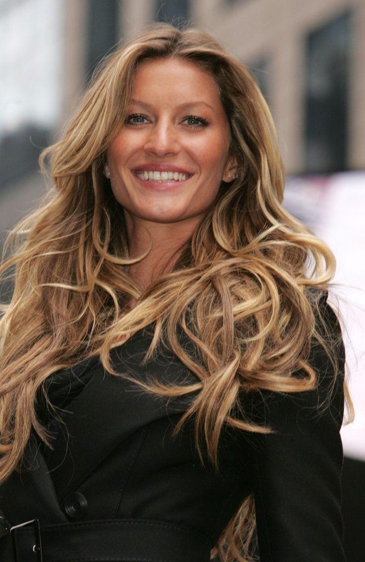 Gisele Bundchen Hair Color Photo 3 Gisele Bundchen Hair Hair Color Pictures Hair Styles