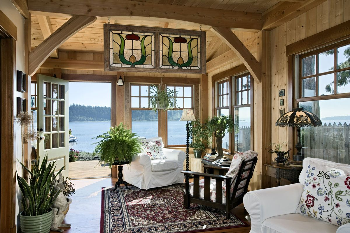Think Small: A Well Designed Pacific Coast Cottage   Cabin Living