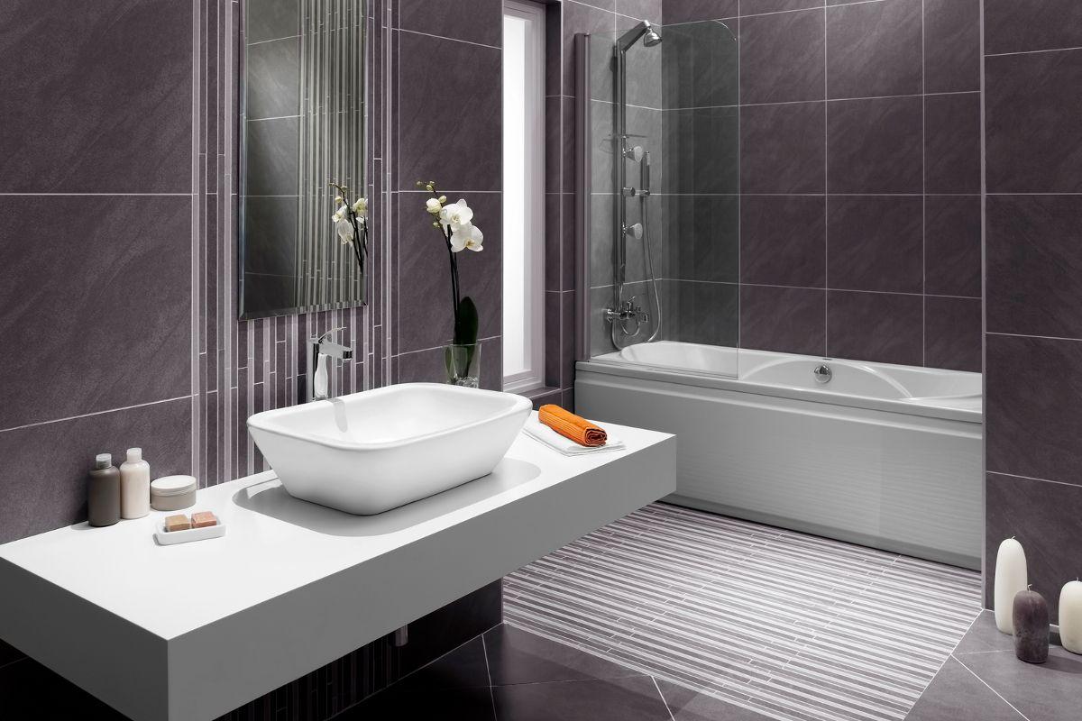 Lavish Small Bathroom Makeover Ideas To Jazz Up Your Bath Area With Images Small Bathroom Makeover
