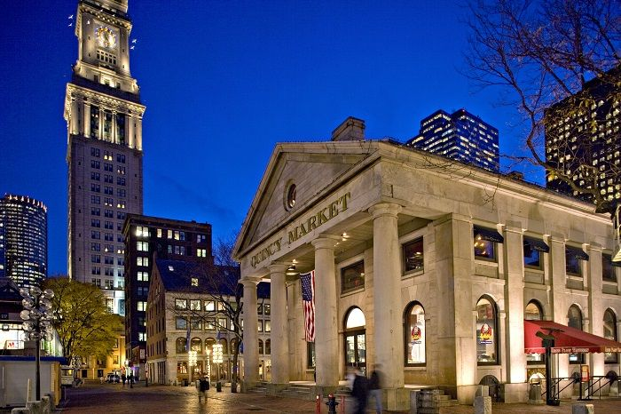 Quincy Market by Night (Image Credit: Faneuil Hall Marketplace)