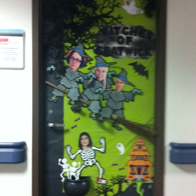 Diy halloween office door decorations