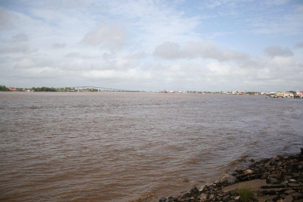 The main river in Suriname