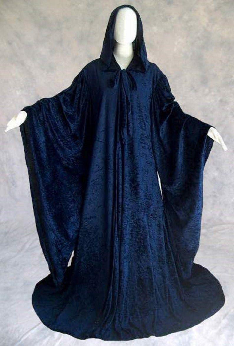 hood of navy blue crushed velvet