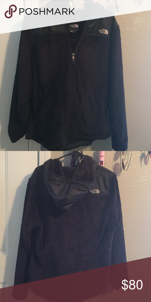 North face osito Size large with hoodie North Face Other