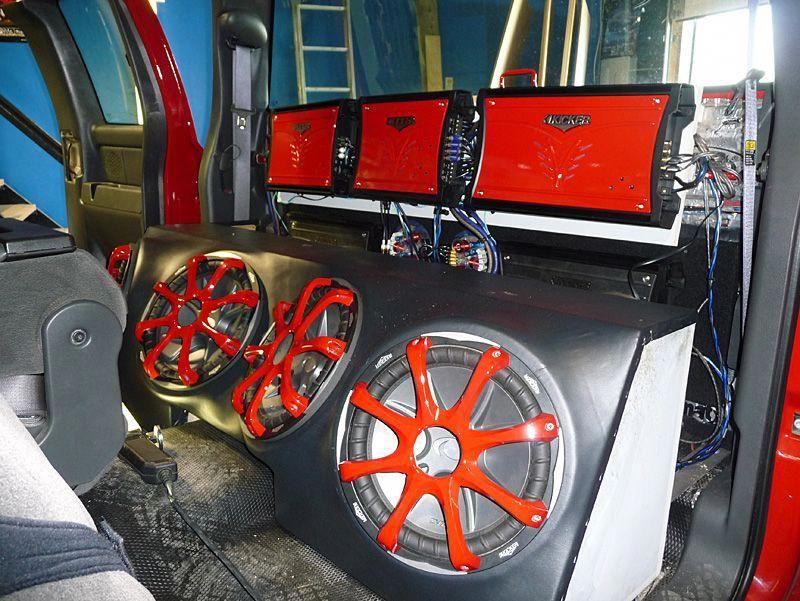 Mike's Custom Creations custom car audio stereo