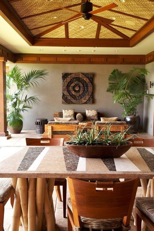 Hawaiian Home Full Of Delicious Style And Views Hawaiian Home Decor Hawaiian Homes Tropical Dining Room