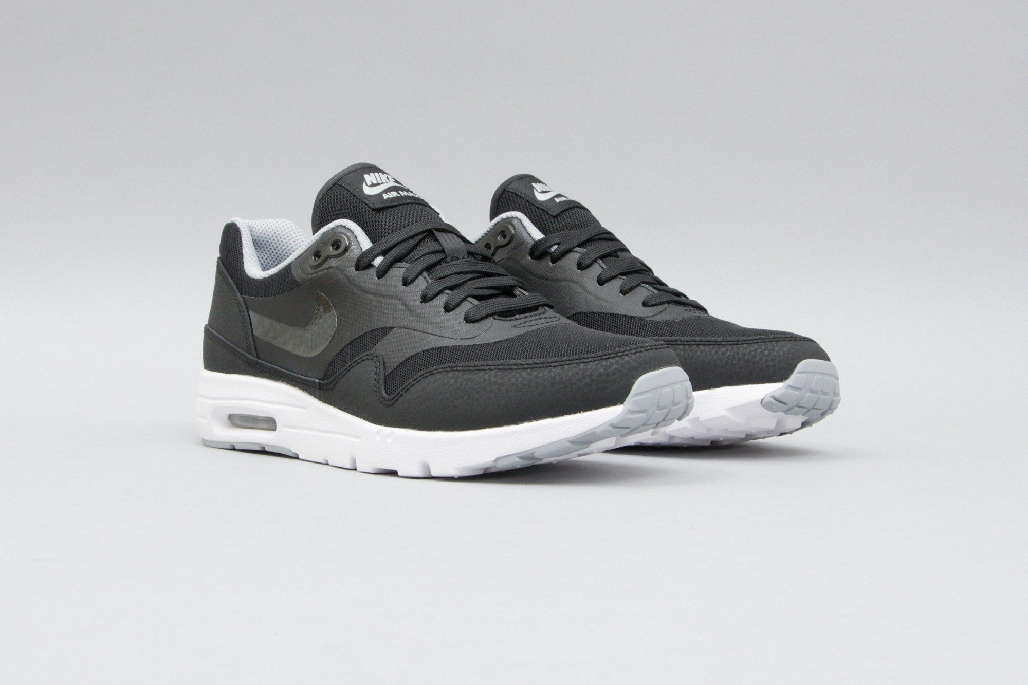 Nike WMNS Air Max 1 Ultra Essential Black / Grey 704993 004 (Schwarz/Grau
