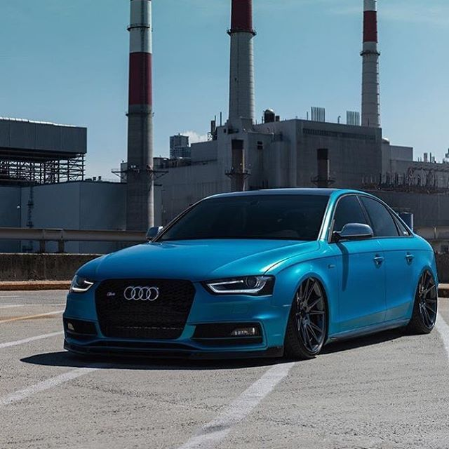 High End Luxury Cars Audi