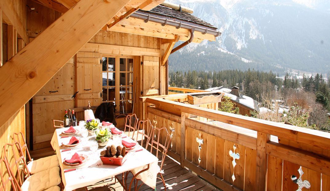 Superbe chalet savoyard avec terrasse | Marc Foujols | Ski Montagne ...