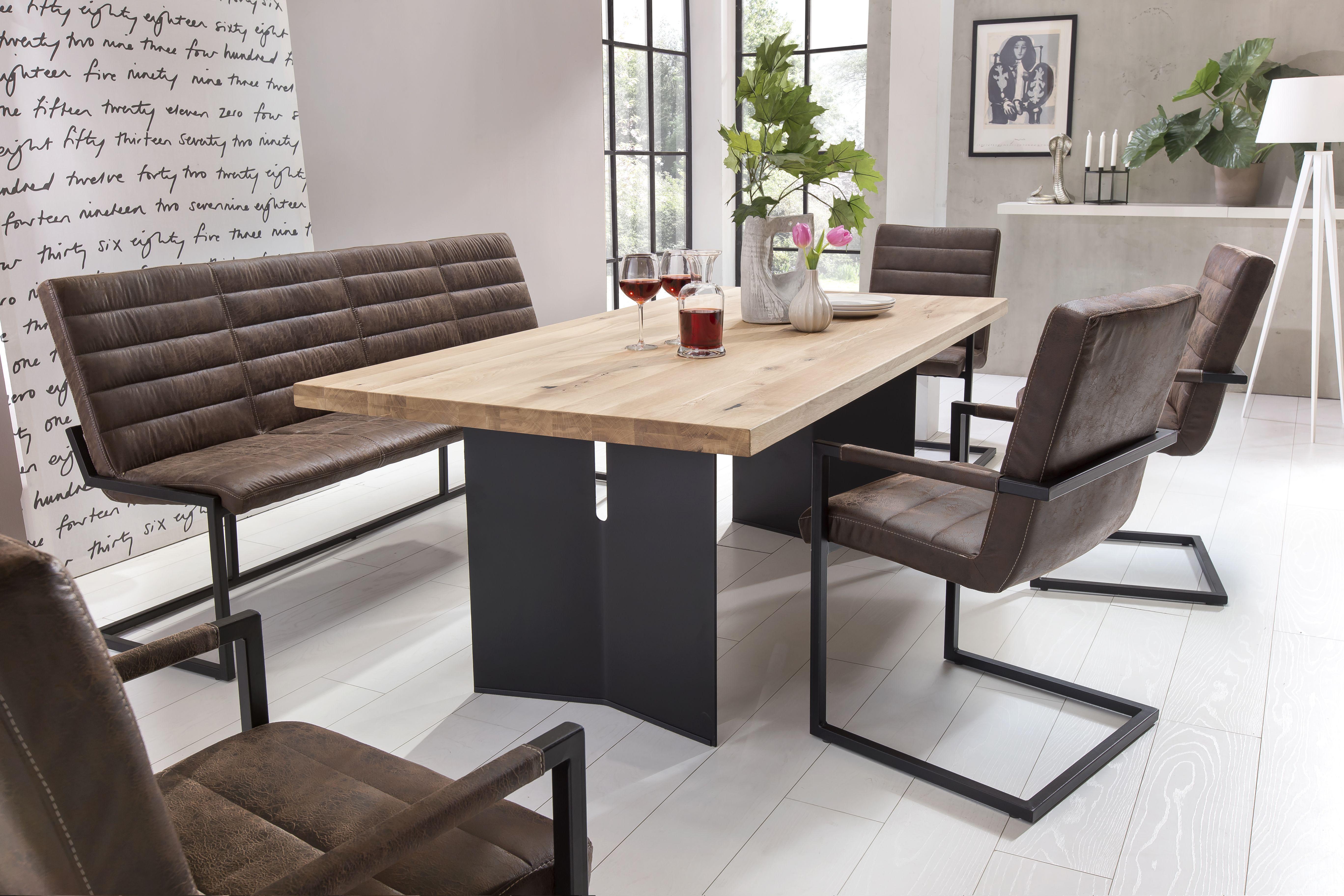 Tisch modern Eiche massiv. Esstisch Metallbeine schwarz