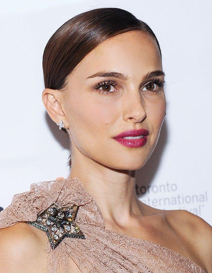 7 Drugstore Lipsticks Celebrity Makeup Artists Secretly Use Celebrity Makeup Artist Dior Lip Glow Lip Colors