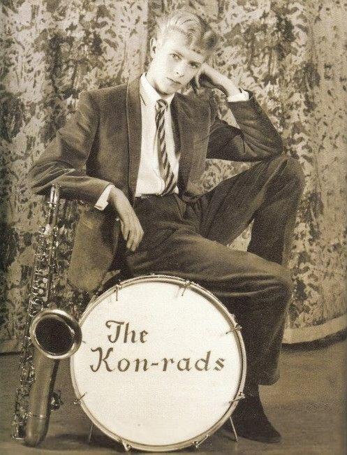 David Bowie in 1963.