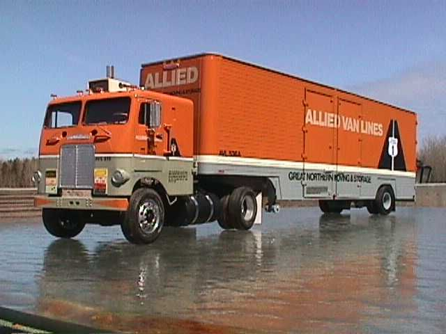 Furniture Mover Trucks Van Lines Freightliner Trucks