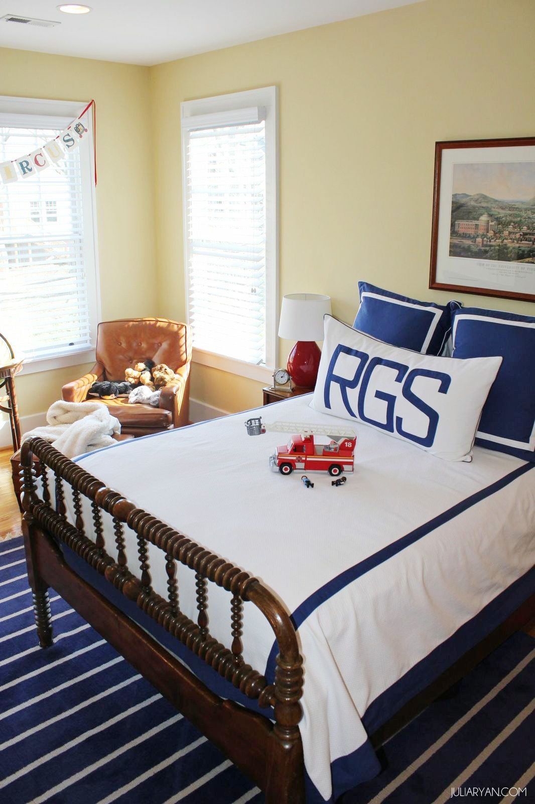 Blue and White Little Boys Room Cool bedrooms for boys