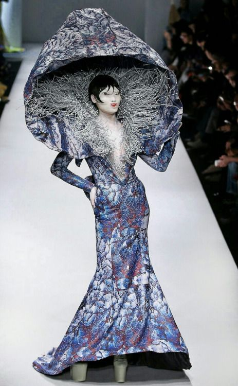 HU SHEGUANG SS15 | MERCEDES-BENZ CHINA FASHION WEEK Story character, for the Moth Queen, one of her gowns can incorporate a mushroom for shade and protection...