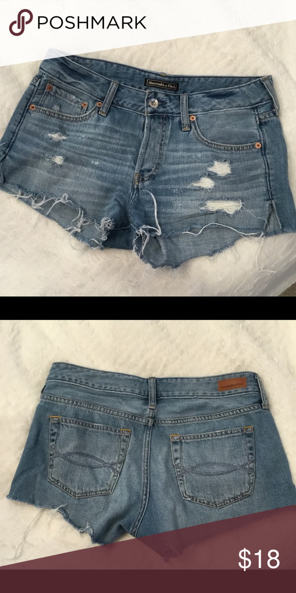ccfb631a17b4 Abercrombie distressed jean shorts☀ This Jean shirts are great for summer  the distressing is
