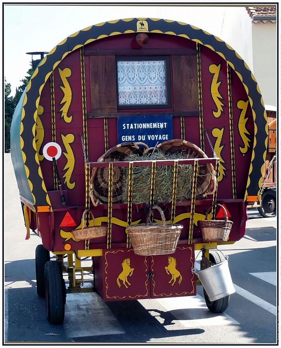 Les Plus Belles Caravanes De Forains fourques roulotte des gens du voyage | roulotte, voyage