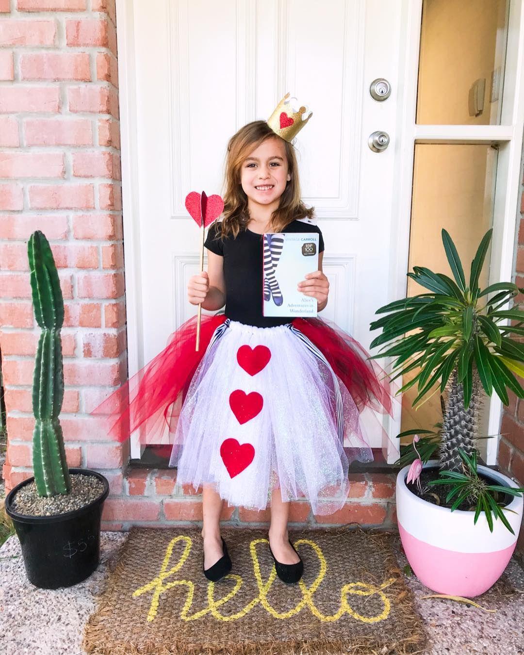 DIY Book Week Costume 2019 » More than 40 ideas Book