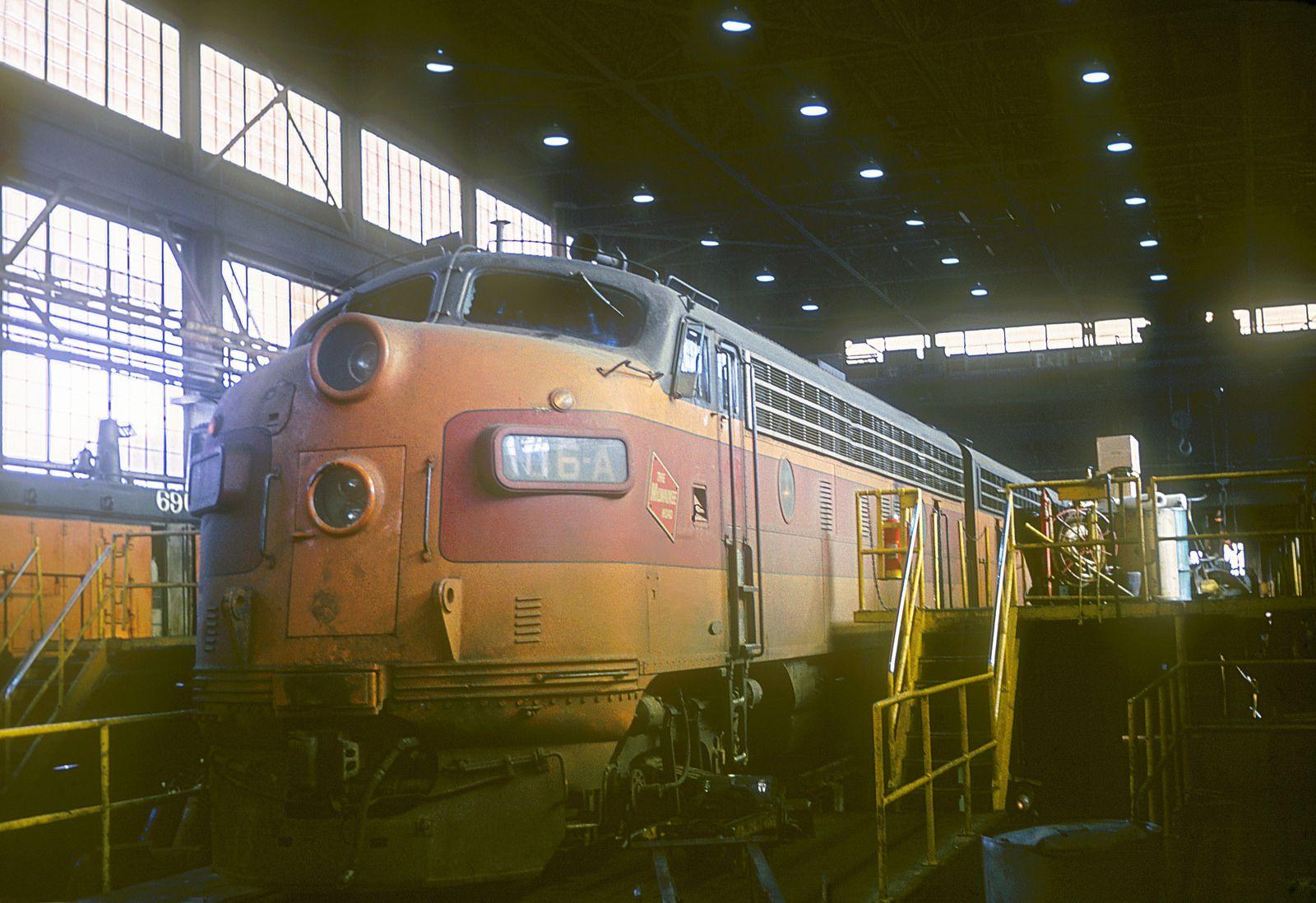 MILW F7 116A Railroad photography, Milwaukee road, Milwaukee