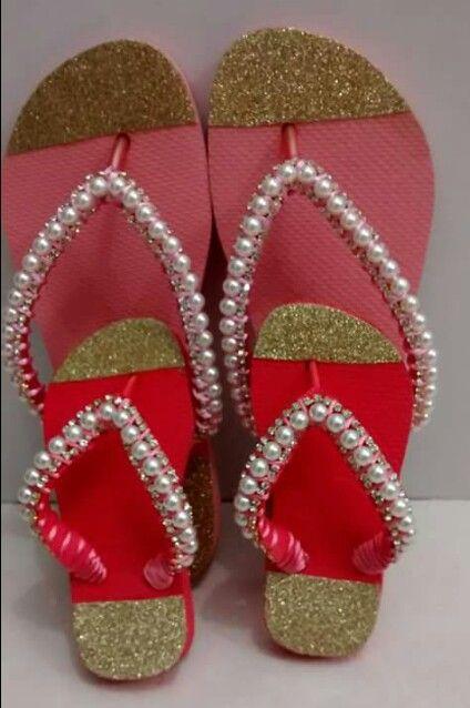 c818c5703 Lindas havaianas customizadas   Blinged Out〰Flip Flops   Chinelos ...
