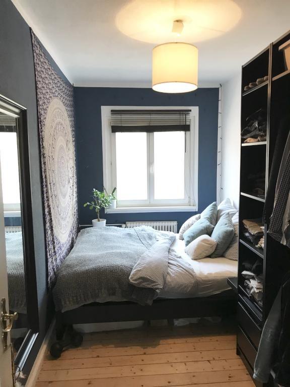 Kleines, aber feines Schlafzimmer. bedroom interior