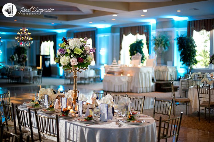 Pin By Villa Barone Hilltop Manor On Wedding Decor Pinterest Tri State Area Venues And Weddings