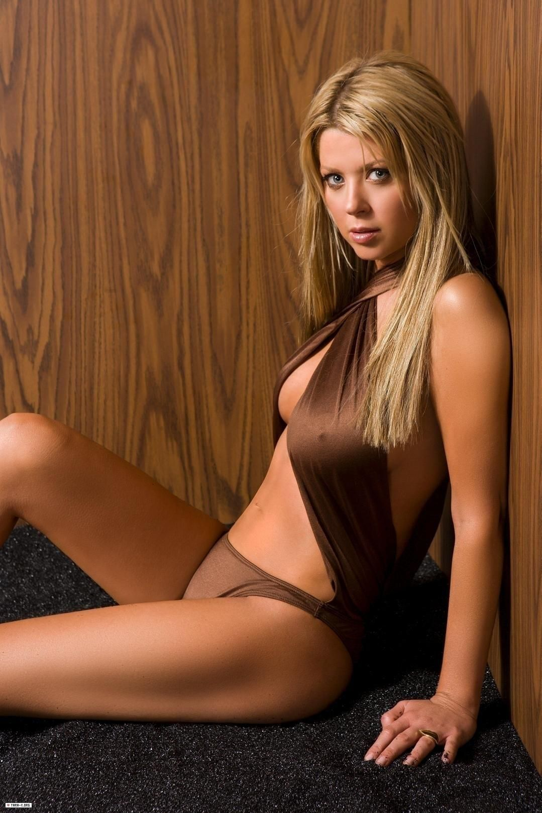 Sorry, Tara reid fakes naked right!