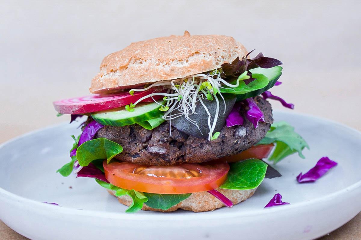 Easiest Black Bean Burgers Vegan Gluten Free Vancouver With Love Recipe Vegan Bean Burger Veggie Burger Recipe Easy Easy Veggie Burger