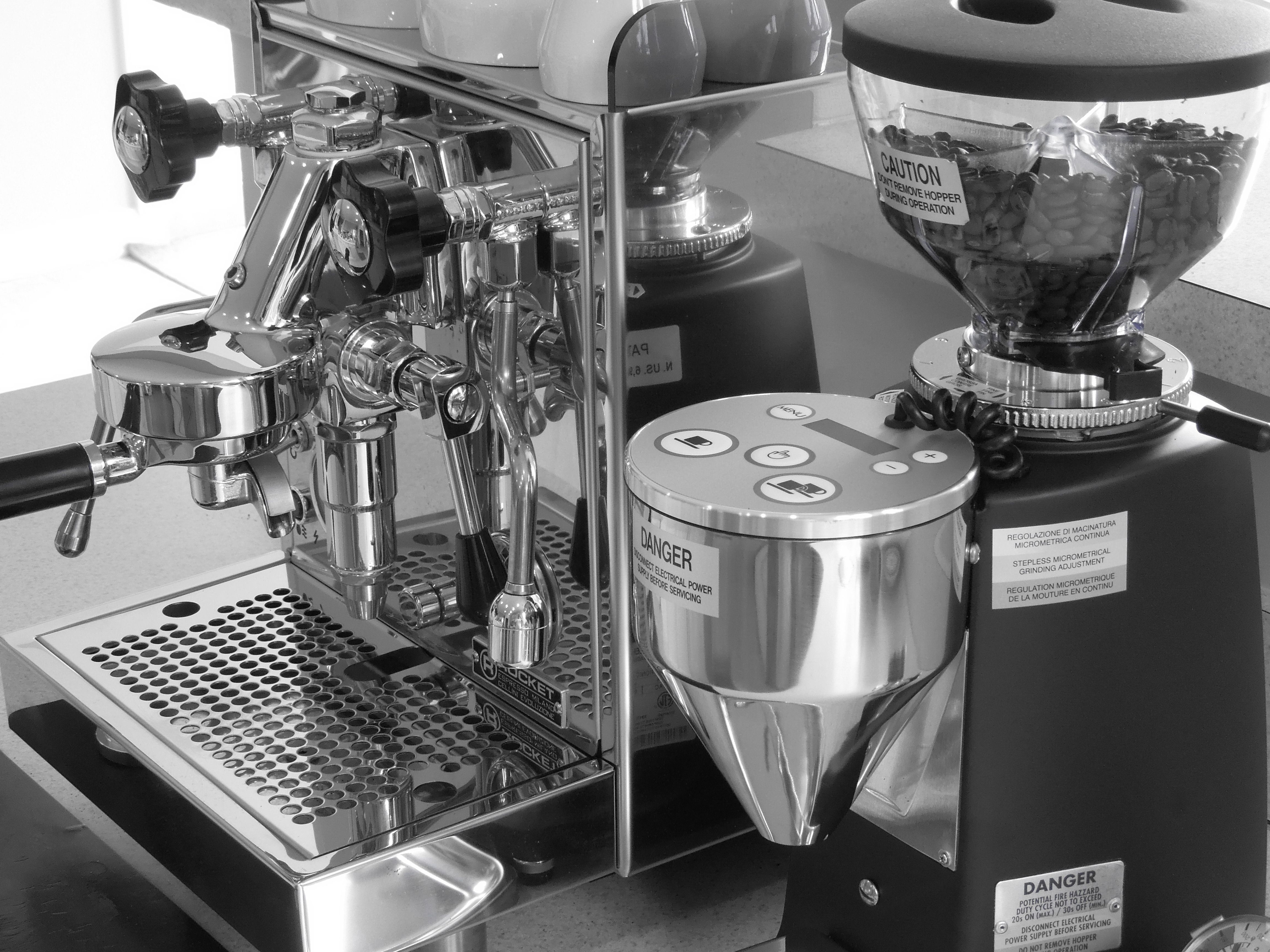 Awesome The Rocket Cellini Giotto Evolozione V2 And The Mazzer Mini Electronic  Doserless Espresso Grinder Type A Ideas
