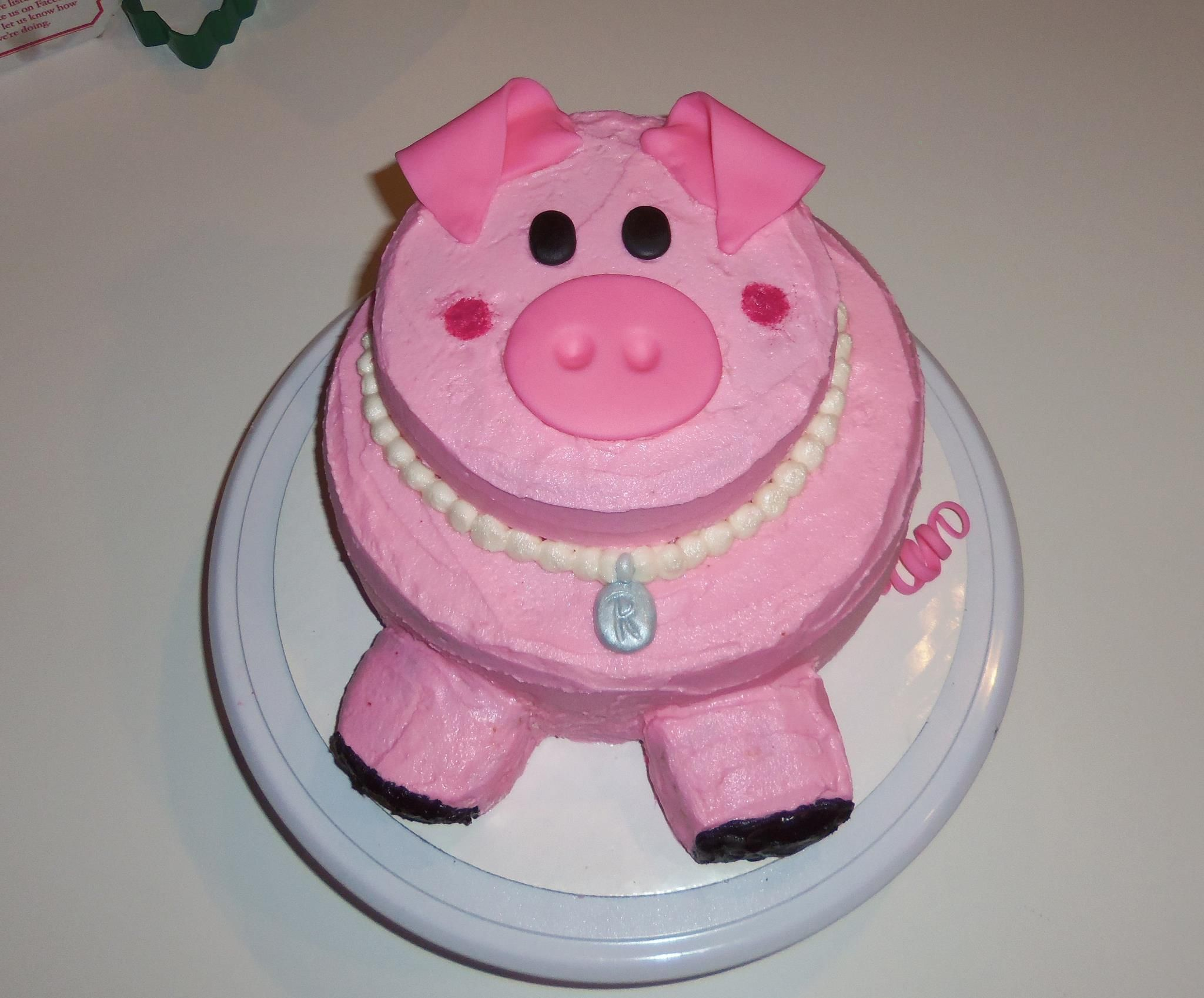 Peachy Pig Birthday Cake With Images Pig Birthday Cakes Piggy Cake Personalised Birthday Cards Bromeletsinfo