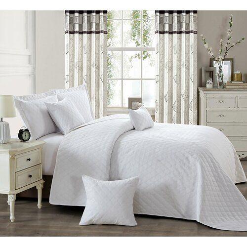 Tagesdecke Abbate mit Kissenhüllen ClassicLiving Farbe: Weiß, Größe: King 240 cm B x 240 cm L