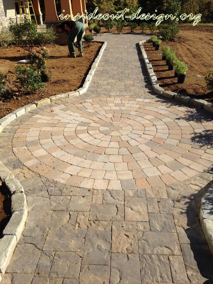Inexpensive Hardscape Ideas Belgard Lafitt Paver, Dublin Circle Kit, Blue River