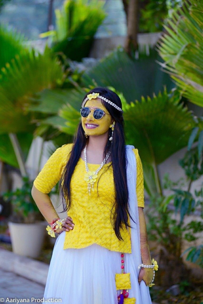 06c1d01b88 auspicious haldi ceremony#Unique haldi photography ideas#pithi  photography#pithi photography ideas#pithi in gujarati wedding##haldi  ceremony outfit for ...