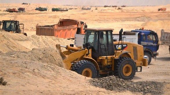 تفاصيل شهادات الاستثمار بمشروع قناة السويس الجديدة Tractors Vehicles