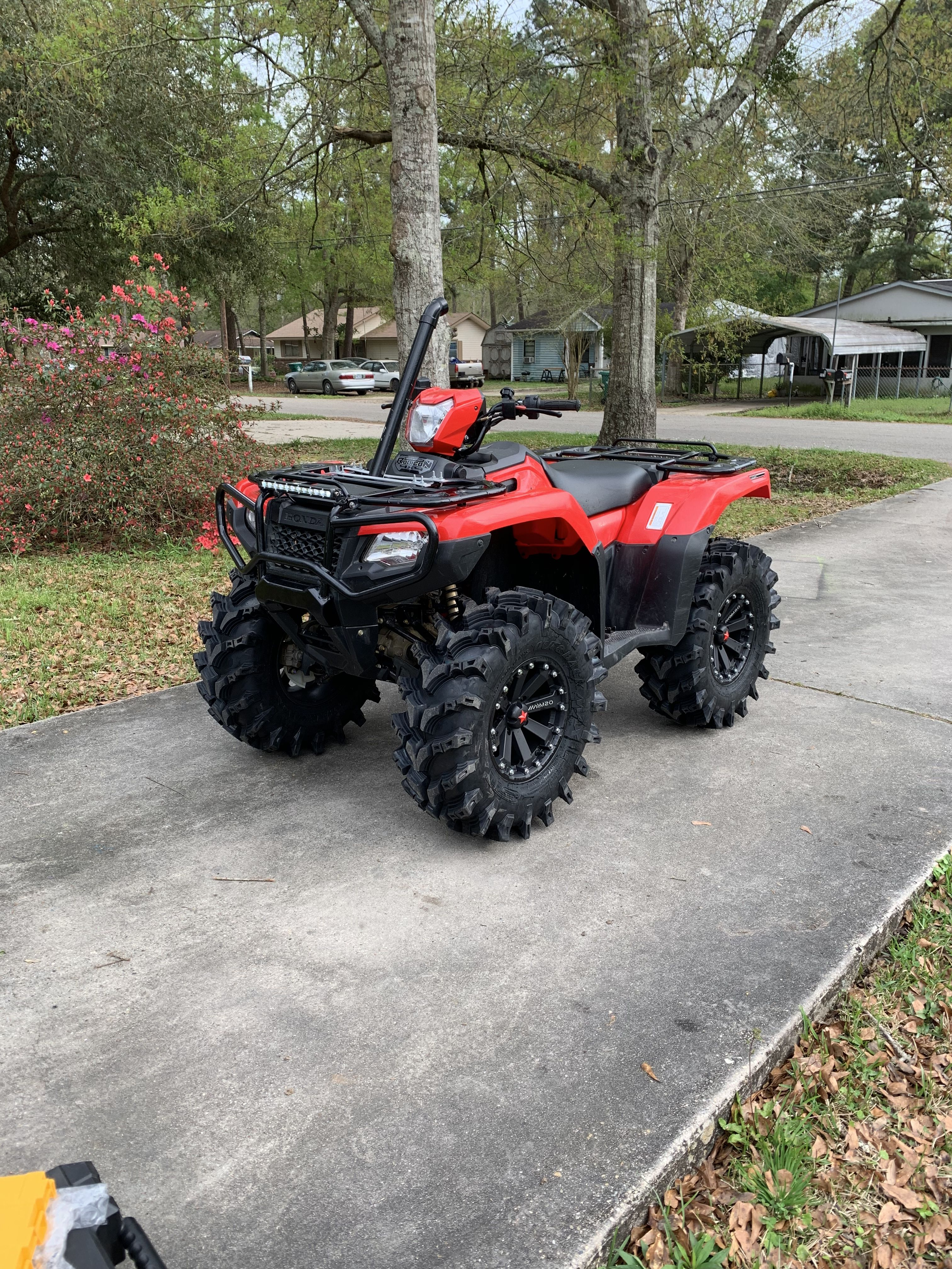 "2018 Honda Foreman Rubicon with IRS and EPS  2"" Highlifter"