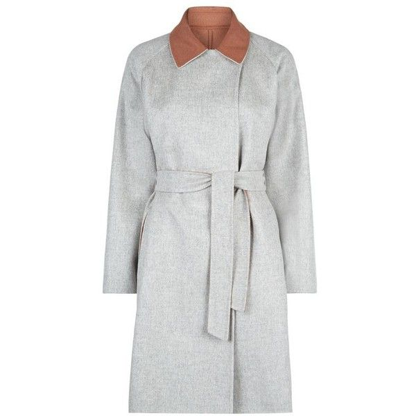 MaxMara Gel Contrast Collar Coat ($1,750) ❤ liked on Polyvore featuring outerwear, coats, maxmara coat, reversible coat and maxmara