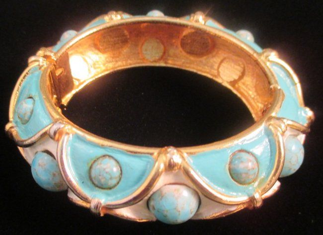 MIMI di N Enamel Clamper Hinged Bracelet Bangle Signed : Lot 401