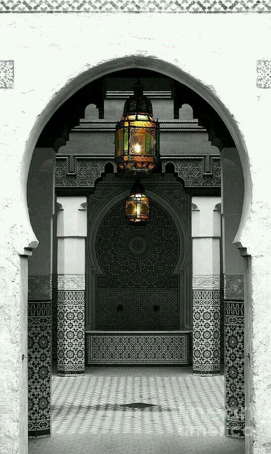 عمارة باب مدخل Modern Moroccan Decor Modern Moroccan Beautiful Doors