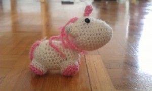 Tiny Unicorn Ahooka Amigurumi