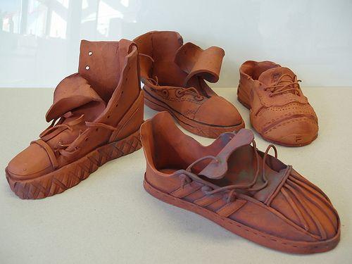 Beth's Illustrations: Ceramics-Shoe research