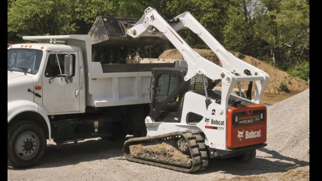 The Bobcat 700- and 800-Frame-Size Loaders are manufactured with a Tier 4-compliant, Bobcat 3.4-liter diesel engine.