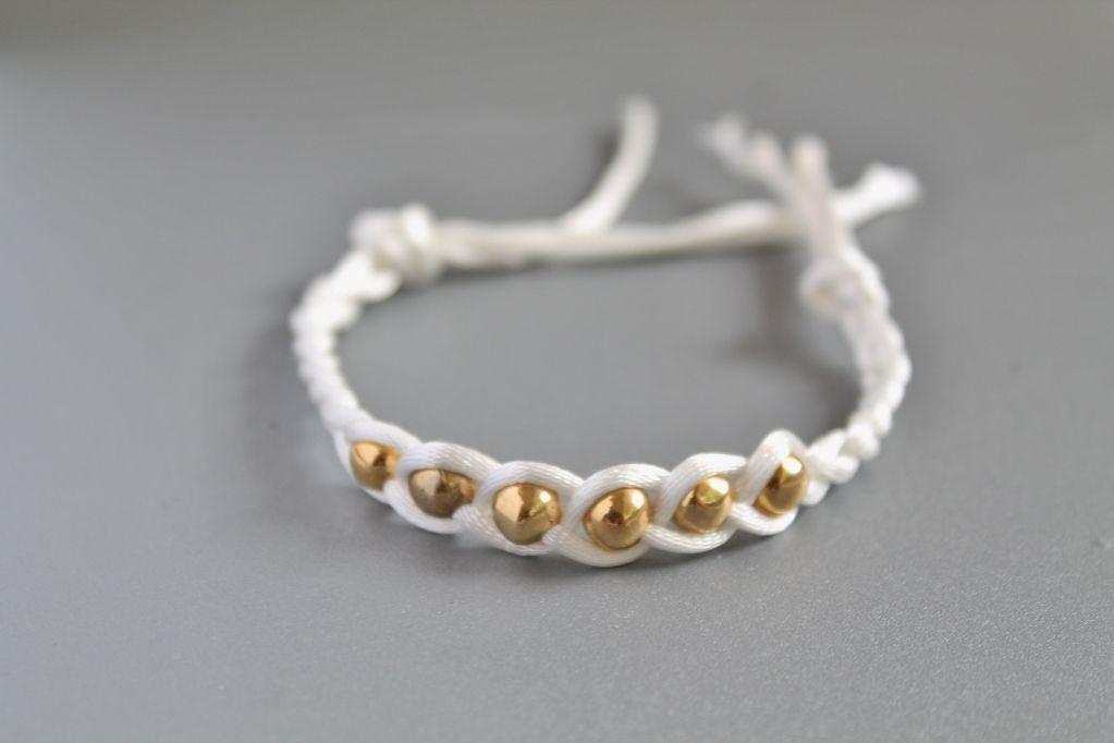 Ribbed Knit Halter Top Friendship Bracelets Diy Jewelry Inspiration Beaded Bracelets