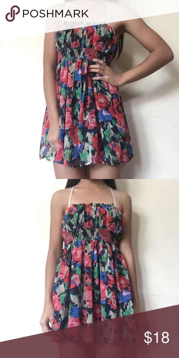 forever 21 floral dress This is from Forever 21 and it's floral print. It's a size S. Forever 21 Dresses Mini