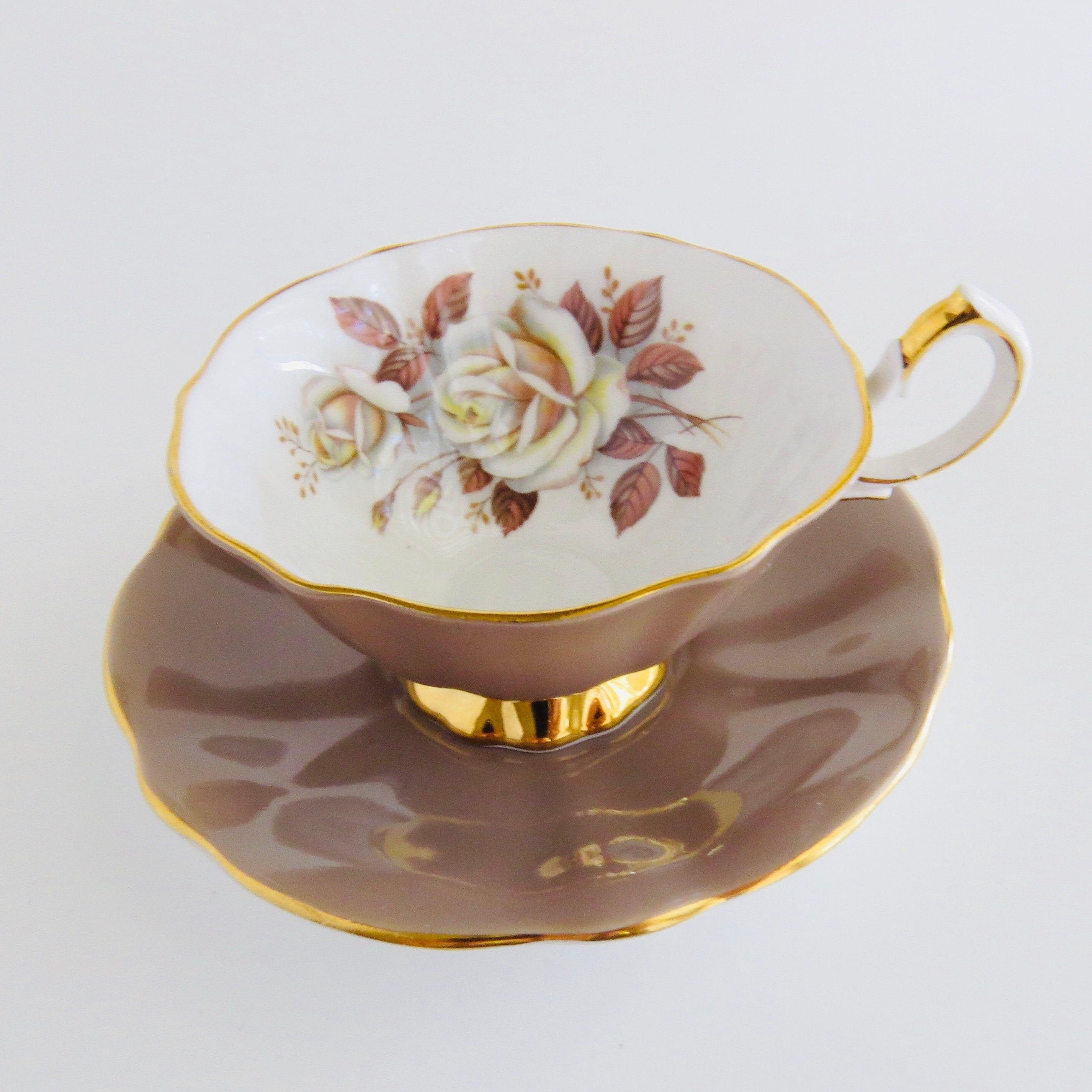 Queen Anne Mocha Brown Tea Cup And Saucer Set White Roses With Brown Leaves Vintage Bone China Brown Tea Cups Tea Cups Tea Sets Vintage Porcelain