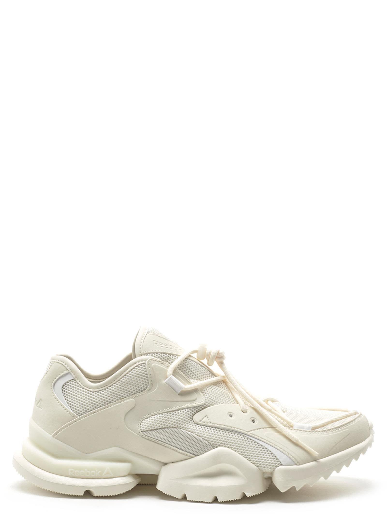 cacebe2494da Reebok Run R 96 Sneakers In Chalk Wht