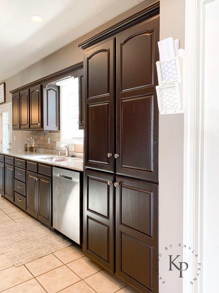 It S True Not Everyone Wants White Kitchen Cabinets In 2020 Kitchen Design Small Kitchen Cabinet Design Dark Kitchen Cabinets